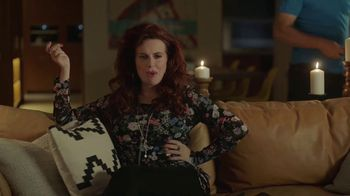 Sling TV Spot, 'Set the Mood' Featuring Nick Offerman, Megan Mullally - Thumbnail 3
