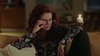 Sling TV Spot, 'Set the Mood' Featuring Nick Offerman, Megan Mullally - Thumbnail 5