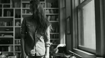 Ralph Lauren Romance TV Spot, 'Do You Believe?' Song by Clean Bandit, Jess Glynne - Thumbnail 2