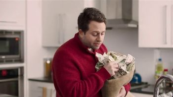 U.S. Cellular Unlimited With Paycheck TV Spot, 'Money Down the Drain' - Thumbnail 2