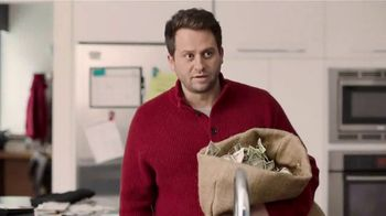 U.S. Cellular Unlimited With Paycheck TV Spot, 'Money Down the Drain' - Thumbnail 6