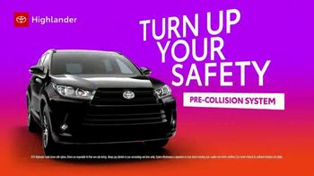 2019 Toyota Highlander TV Spot, 'Turn Up Your Comfort' [T2] - Thumbnail 2