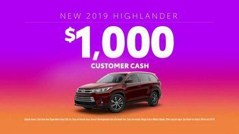 2019 Toyota Highlander TV Spot, 'Turn Up Your Comfort' [T2] - Thumbnail 6
