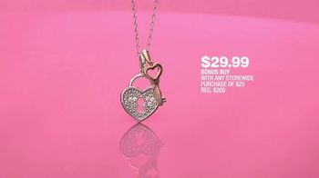 Macy's One Day Sale TV Spot, 'Deals of the Day: Pendant, Jewelry and Fragrance Samplers' - Thumbnail 6