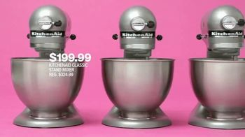 Macy's One Day Sale TV Spot, 'Deals of the Day: Suit Separates, KitchenAid and Pillow' - Thumbnail 7