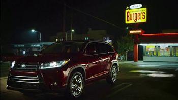 2019 Toyota Highlander LE TV Spot, 'Prom Night' [T2] - Thumbnail 2