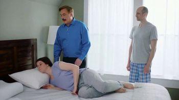 My Pillow Premium TV Spot, 'Best Sleep of Your Life: BOGO' - Thumbnail 3