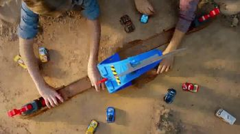Disney Pixar Cars TV Spot, 'XRS Mud Racers' - Thumbnail 7