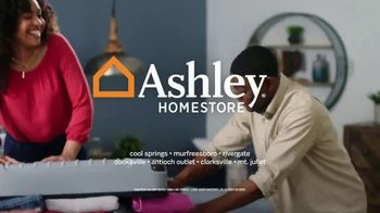 Ashley HomeStore Anniversary Sale TV Spot, 'Final Weekend' Song by Midnight Riot - Thumbnail 10