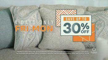 Ashley HomeStore Anniversary Sale TV Spot, 'Final Weekend' Song by Midnight Riot - Thumbnail 5