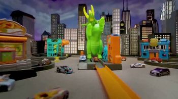 Hot Wheels City Smashin' Triceratops TV Spot, 'Give It all You Got' - Thumbnail 6