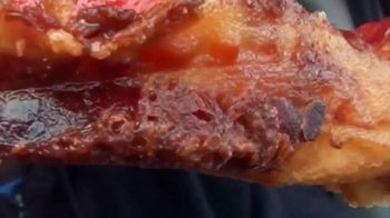 Little Caesars Pizza Bacon Wrapped DEEP!DEEP! Dish Pizza TV Spot, 'Daym Drops: Yes! - Thumbnail 4