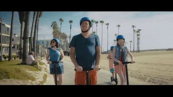 Booking.com TV Spot, 'L.A. Baby'