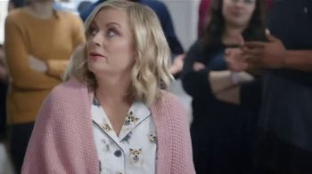 XFINITY Internet and TV TV Spot, 'At Home: Cloud DVR Service' Featuring Amy Poehler - Thumbnail 3