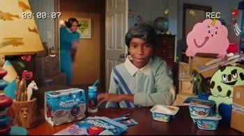 Chobani Gimmies TV Spot, 'To All the Moms Out There' - Thumbnail 6