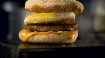 McDonald's Sausage McMuffin With Egg TV Spot, 'Better Way to Breakfast' - Thumbnail 6