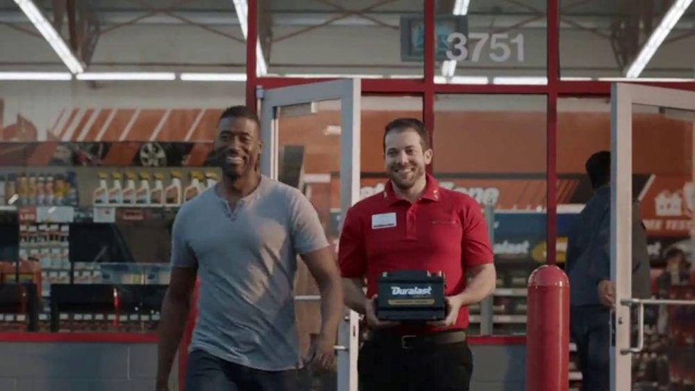 AutoZone TV Commercial, 'Haz m??s 2.0: el destino #1 de bater??as'