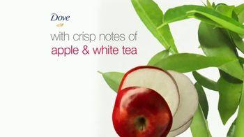 Dove Skin Care Go Fresh Apple & White Tea TV Spot, 'Unexpected Freshness' - Thumbnail 3