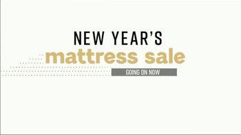 Ashley HomeStore New Year's Mattress Sale TV Spot, 'Ashley Chime Queen' - Thumbnail 2