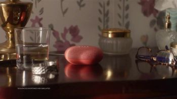 Google Assistant TV Spot, 'Home Alone Again: Bed' Featuring Macaulay Culkin - Thumbnail 2