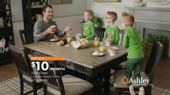 Ashley HomeStore New Year's Sale TV Spot, 'Shop 'Til the Ball Drops' - Thumbnail 6