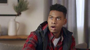 Budweiser TV Spot, 'Deck the Shelves With NBA Elves' Featuring Kyle Kuzma, Steven Adams - Thumbnail 5