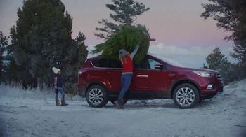 Ford Built for the Holidays Sales Event TV Spot, 'Do the Holidays' [T2] - Thumbnail 3