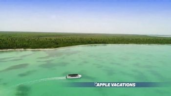 Apple Vacations End of Year Sale TV Spot, 'Soak up the Sun' - Thumbnail 3