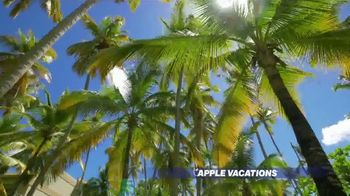 Apple Vacations End of Year Sale TV Spot, 'Soak up the Sun' - Thumbnail 4