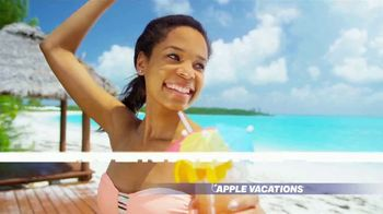 Apple Vacations End of Year Sale TV Spot, 'Soak up the Sun' - Thumbnail 5