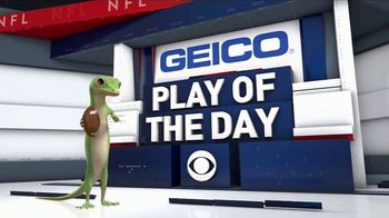 GEICO TV Spot, 'CBS Sports: Play of the Day: Packers and Jets' - Thumbnail 8