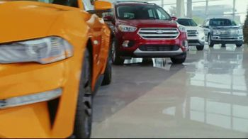 Ford Built for the Holidays Sales Event TV Spot, 'Henry's Little Helpers' [T2] - Thumbnail 6