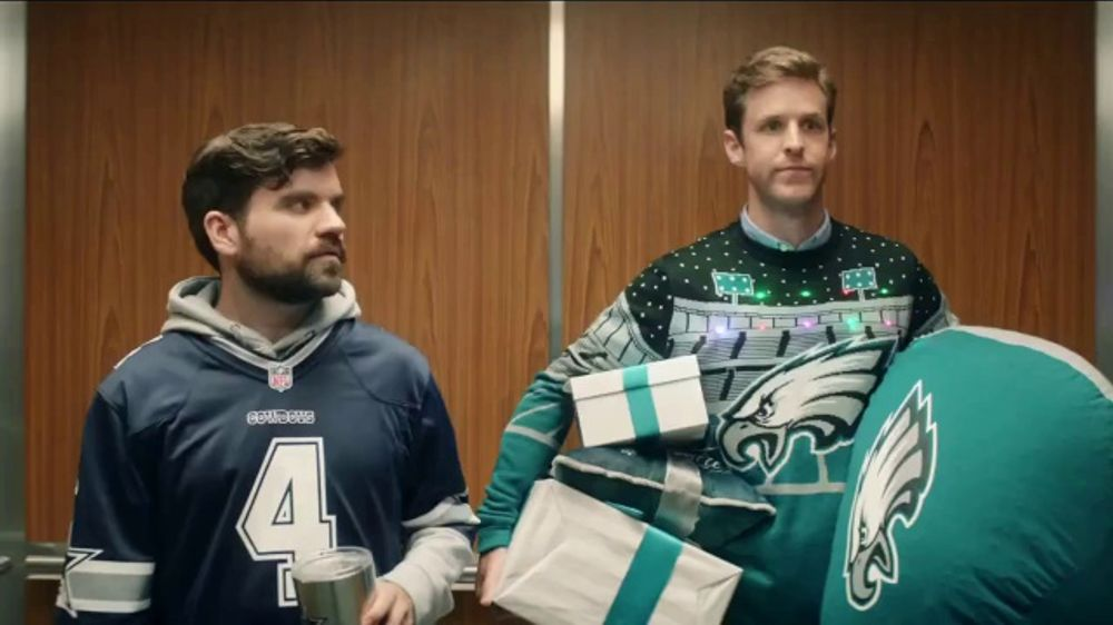 NFL Shop TV Commercial, 'Elevator: Free Shipping'