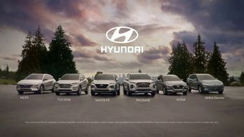 Hyundai TV Spot, 'Family of SUVs: Get Out There' Song by Lord Huron [T1] - Thumbnail 10
