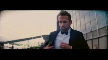 Giorgio Armani Code Absolu TV Spot, 'Darkroom' Feat. Ryan Reynolds, Song by The Dead Weather - Thumbnail 2