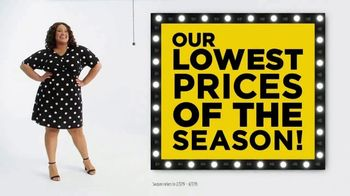 JCPenney TV Spot, 'Lowest Prices of the Season: Tops, Shorts and Towels' - Thumbnail 4