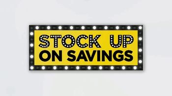 JCPenney TV Spot, 'Lowest Prices of the Season: Tops, Shorts and Towels' - Thumbnail 5