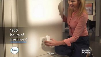 Febreze Plug TV Spot, 'Brand Power: 1,200 Hours of Freshness'