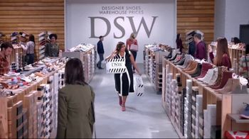 DSW TV Spot, 'Shop the Perfect Shoes' Featuring Mindy Kaling - Thumbnail 8