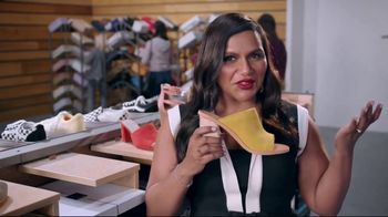 DSW TV Spot, 'Shop the Perfect Shoes' Featuring Mindy Kaling - Thumbnail 4