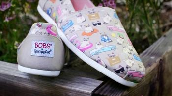 Bobs From SKECHERS TV Spot, 'Salvando la vida de los animales' [Spanish] - Thumbnail 9