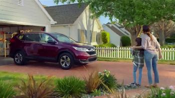 Honda Dream Garage Spring Event TV Spot, 'Cleaning: SUVs' [T1] - Thumbnail 6