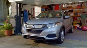 Honda Dream Garage Spring Event TV Spot, 'Cleaning: SUVs' [T1] - Thumbnail 7