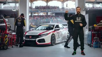 Honda Dream Garage Spring Event TV Spot, 'Racing Excitement' Featuring James Hinchcliffe [T1] - Thumbnail 3