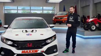Honda Dream Garage Spring Event TV Spot, 'CR-V and HR-V' Featuring James Hinchcliffe [T1] - Thumbnail 4