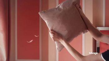 trivago TV Spot, 'El hotel más limpio' canción de Pyotr Ilyich Tchaikovsky [Spanish] - Thumbnail 2