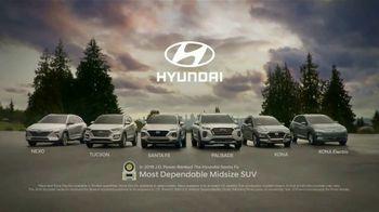 2019 Hyundai Santa Fe TV Spot, 'Camp Out in the Santa Fe' [T1] - Thumbnail 9