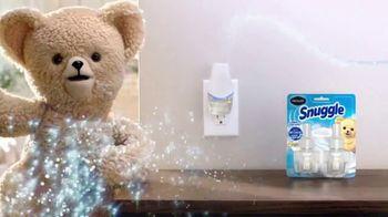 Renuzit Snuggle Air Fresheners TV Spot, 'Invitados' [Spanish] - Thumbnail 6