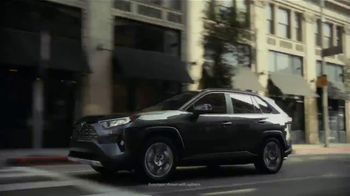 2019 Toyota RAV4 TV Spot, 'Bring the Heat' Song by Ohio Players [T2] - Thumbnail 1