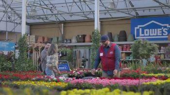 Lowe's Spring Black Friday Sale TV Spot, 'Spring: Mulch' - Thumbnail 6